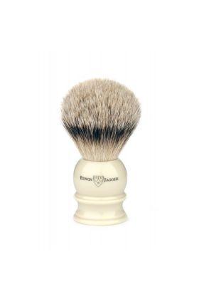 Πινέλο ξυρίσματος με τρίχες ασβού της Edwin Jagger. Πινέλο ξυρίσματος με τρίχες ασβού κατηγορίας Silvertip με λαβή χρώματος Ivory.