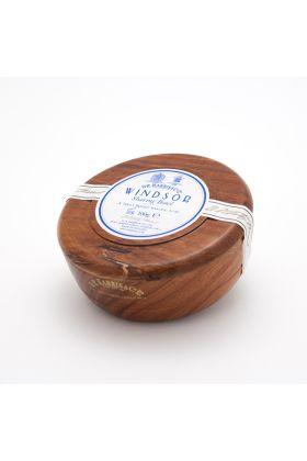Σαπούνι ξυρίσματος Windsor της Dr Harris. Αγγλικής παραγωγής. Δημιουργεί έναν εξαιρετικό αφρό ξυρίσματος με ένα διακριτικό άρωμα εσπεριδοειδών και πιπεριού. Μπολ από μαόνι.