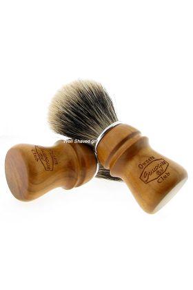 Πινέλο ξυρίσματος 2 Band Finest Badger Hair ( Ασβός) – Λαβή από ξύλο κερασιάς - Συνολικό ύψος : 11,20 cm - Ύψος λαβής : 5,70 cm - Μήκος τρίχας : 5,10 cm - Διάμετρος Knot : 2,40 cm